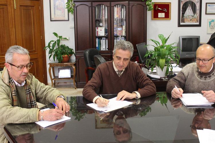 Ayuntamiento y DO 'Aceites de Lucena' firman un convenio de colaboración en materia promocional